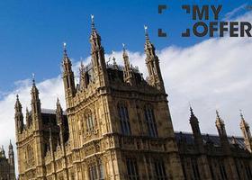 在英国留学的大陆学生超十五万,全球百强名校英占12席