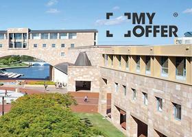 """邦德大学怎么样?""""澳大利亚最佳大学之一"""""""